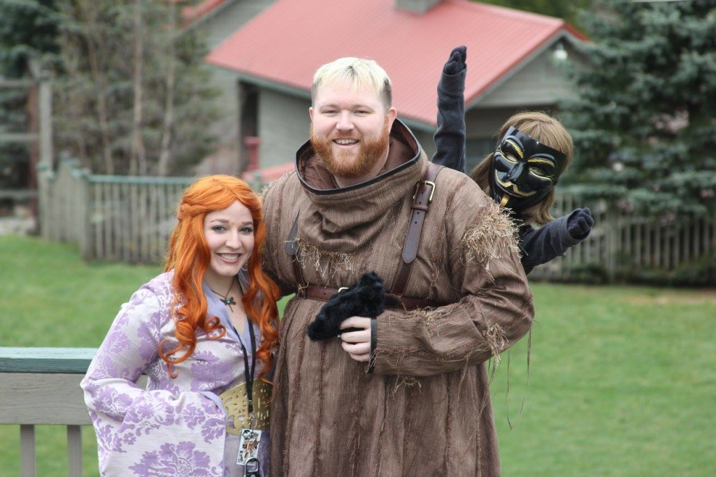 Ice and Fire Con Cosplay Hodor Sansa Stark Bran Stark
